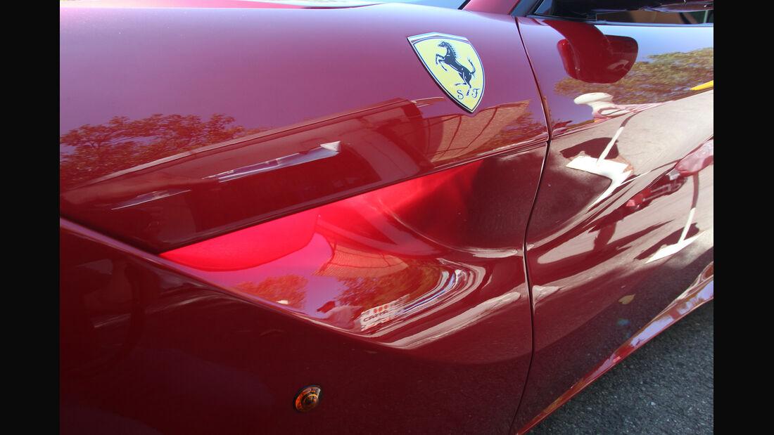 Ferrari F12 Berlinetta, Seitentür