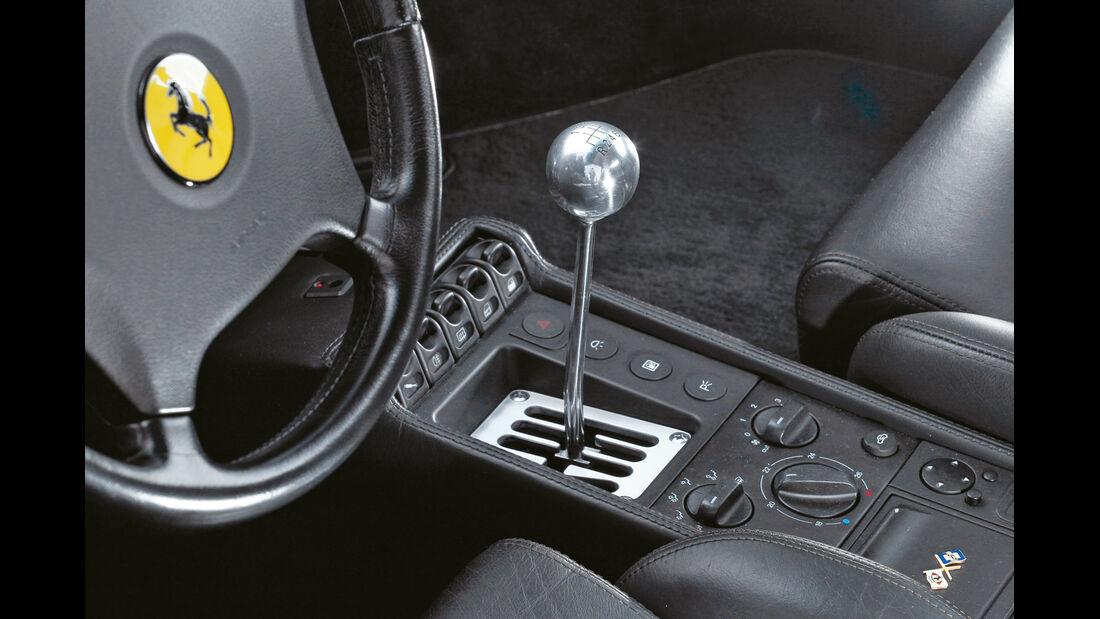 Ferrari F355 GTS, Mittelkonsole