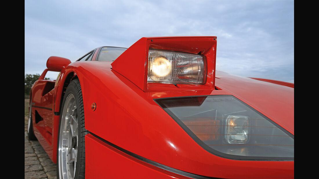 Ferrari F40, Frontscheinwerfer