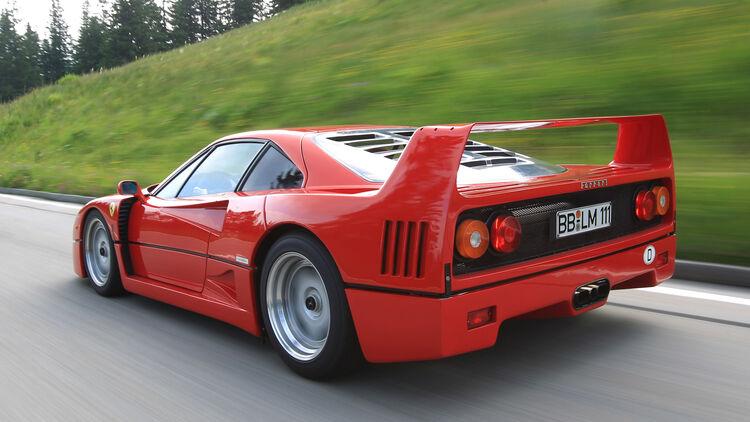 Ferraris Mit V8 Turbo Im Vergleich 288 Gto F40 488 Gtb Auto Motor Und Sport