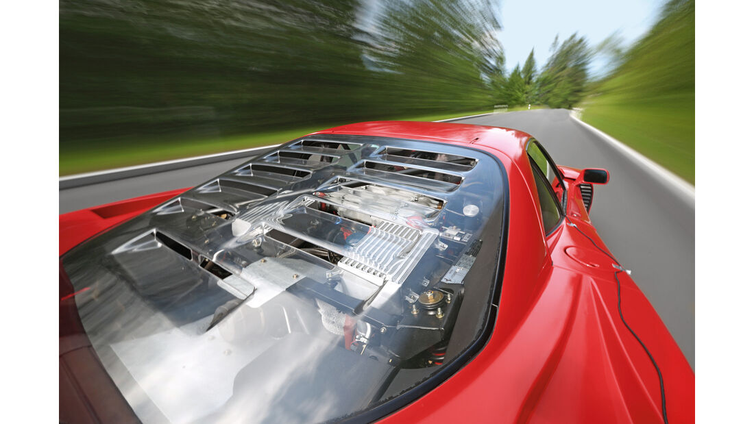 Ferrari F40, Motorabdeckung
