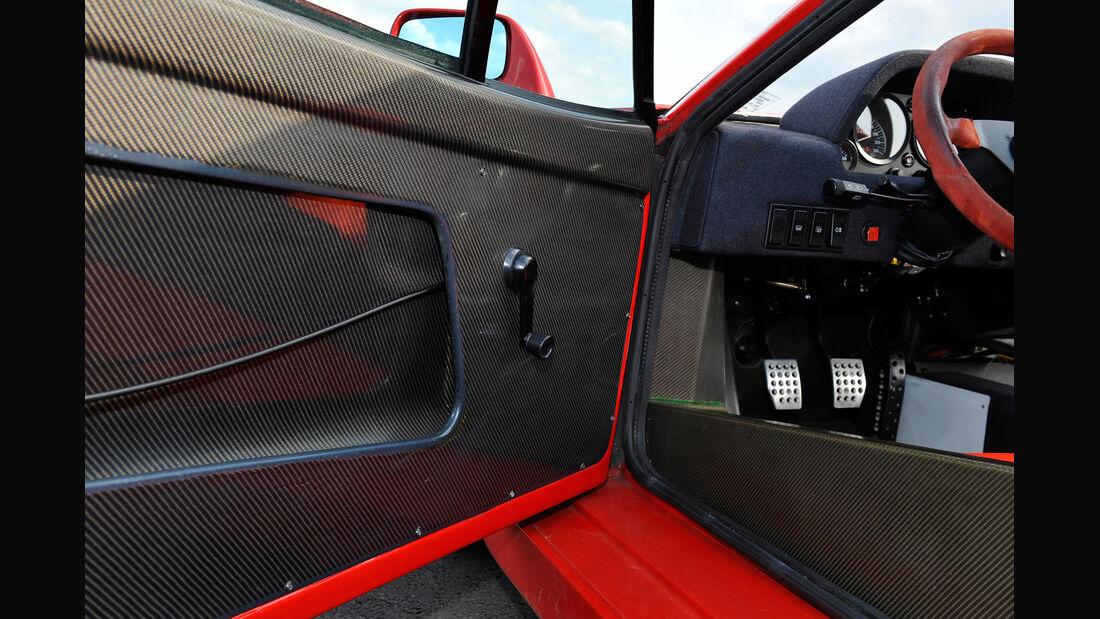 Ferrari F40, Seitentür
