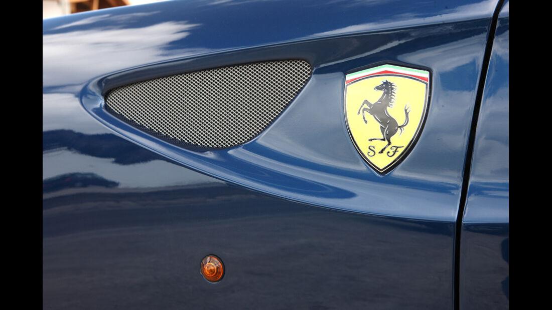 Ferrari FF, Detail, Emblem