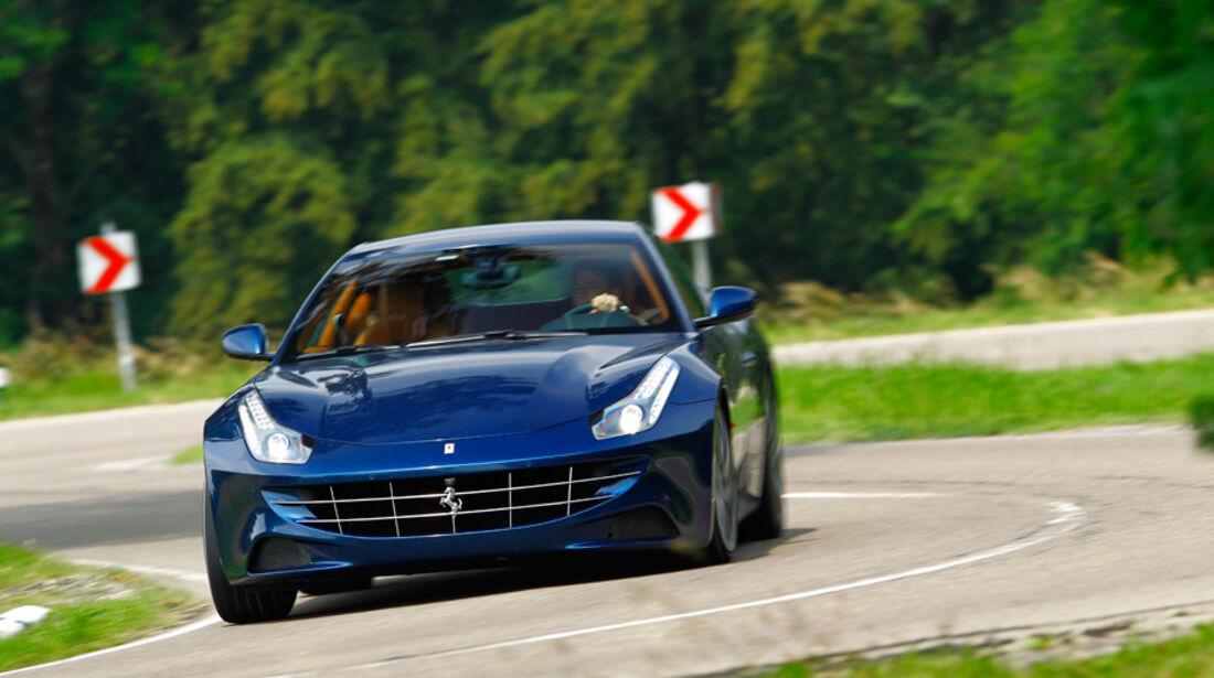 Ferrari FF, Frontansicht, Front, Kühlergrill