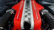 Ferrari FF, Motor, Motorblock