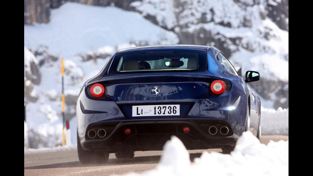 Ferrari FF, Rückansicht, Fahrt
