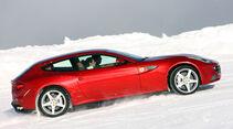 Ferrari FF, Seitenansicht, Schnee