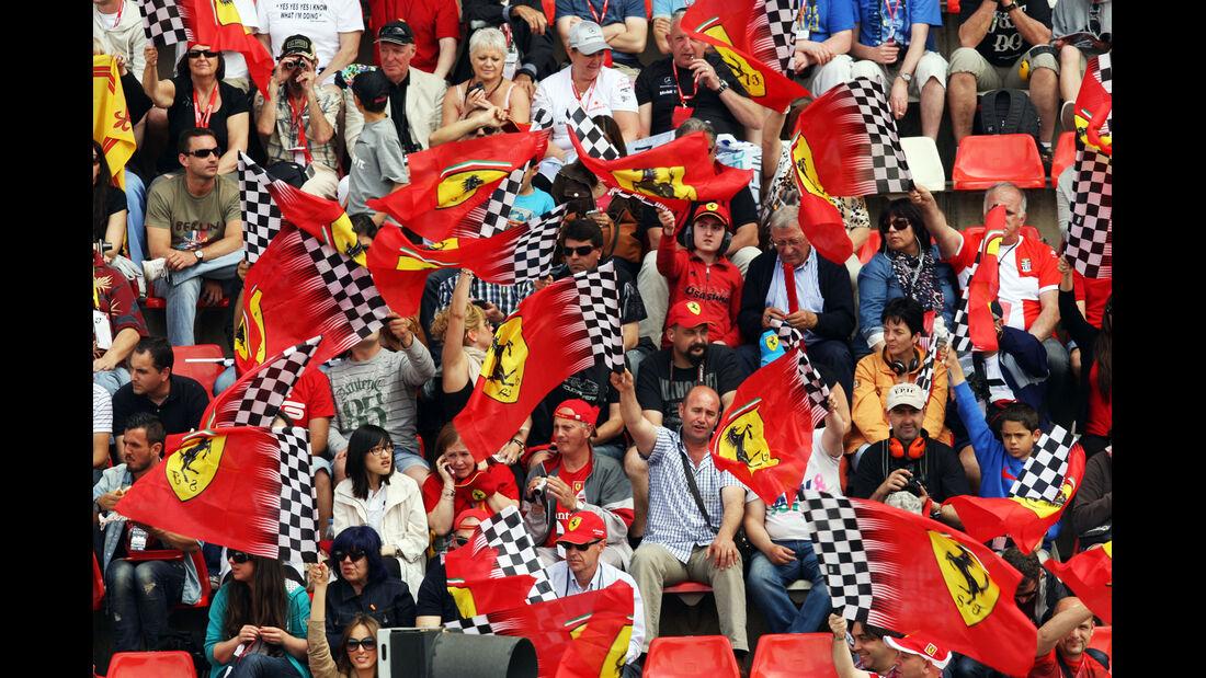 Ferrari-Fans - Formel 1 - GP Spanien - 11. Mai 2013