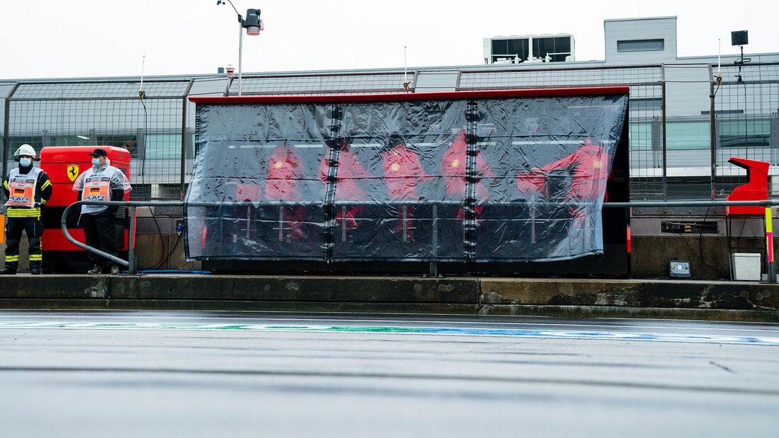 [Imagen: Ferrari-Formel-1-GP-Eifel-Nuerburgring-F...731421.jpg]