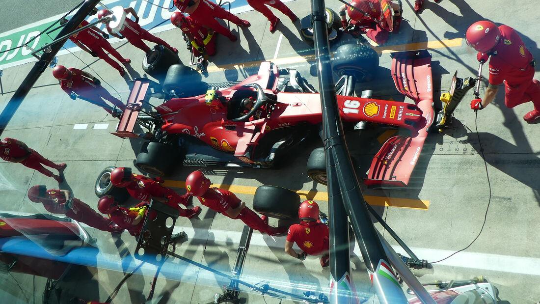 [Imagen: Ferrari-Formel-1-GP-Italien-Monza-Donner...720270.jpg]