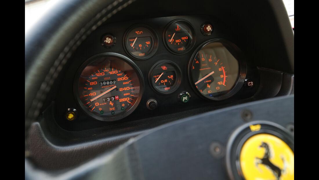 Ferrari GTB Turbo, Rundinstrumente