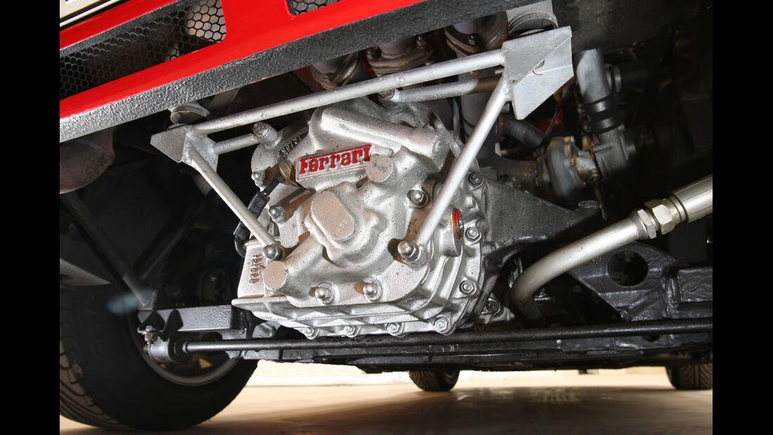 Ferrari GTO, Unterboden, Radaufhängung