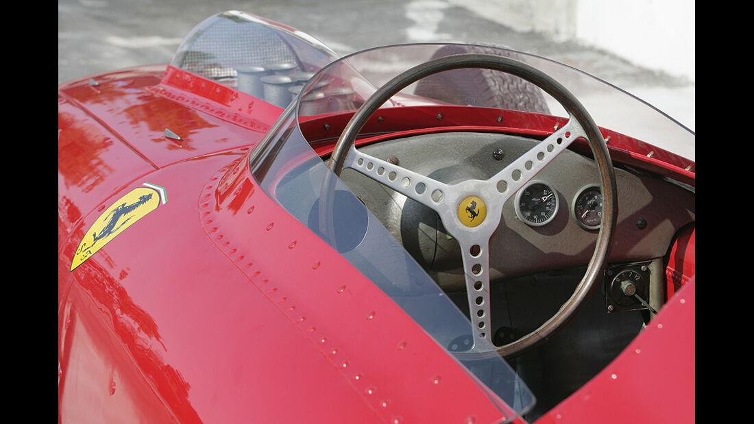 Ferrari Historie Ferrari 246 Dino Lenkrad