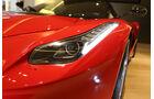 Ferrari LaFerrari, Frontscheinwerfer