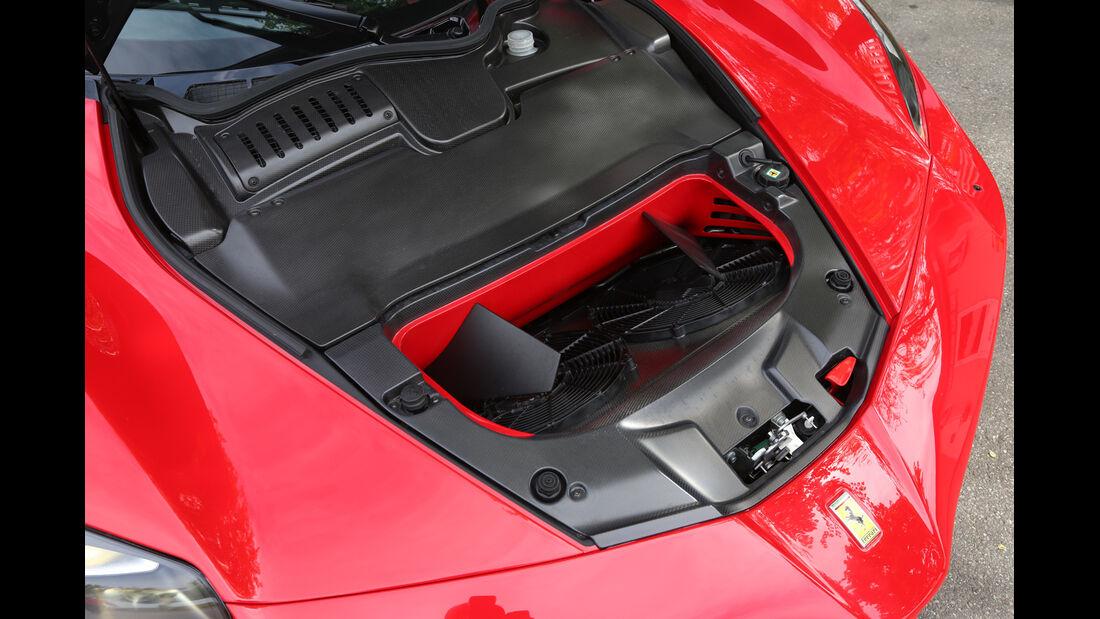 Ferrari LaFerrari, Kofferraum, Ablage