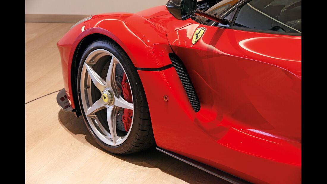 Ferrari LaFerrari, Rad, Radkasten