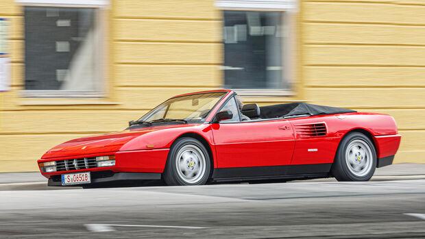 Ferrari Mondial T Cabriolet, Cabrios vom Kiesplatz