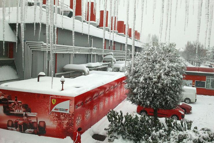Ferrari Schnee Maranello 2012