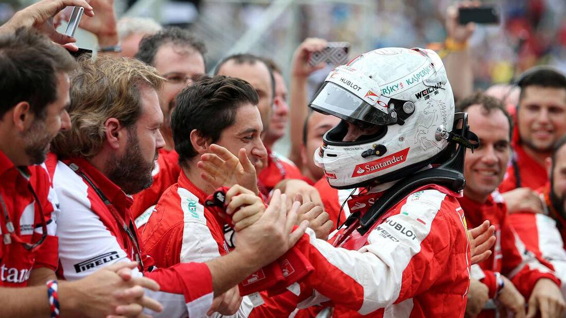 Ferrari - Sebastian Vettel - Formel 1- GP Brasilien 2015