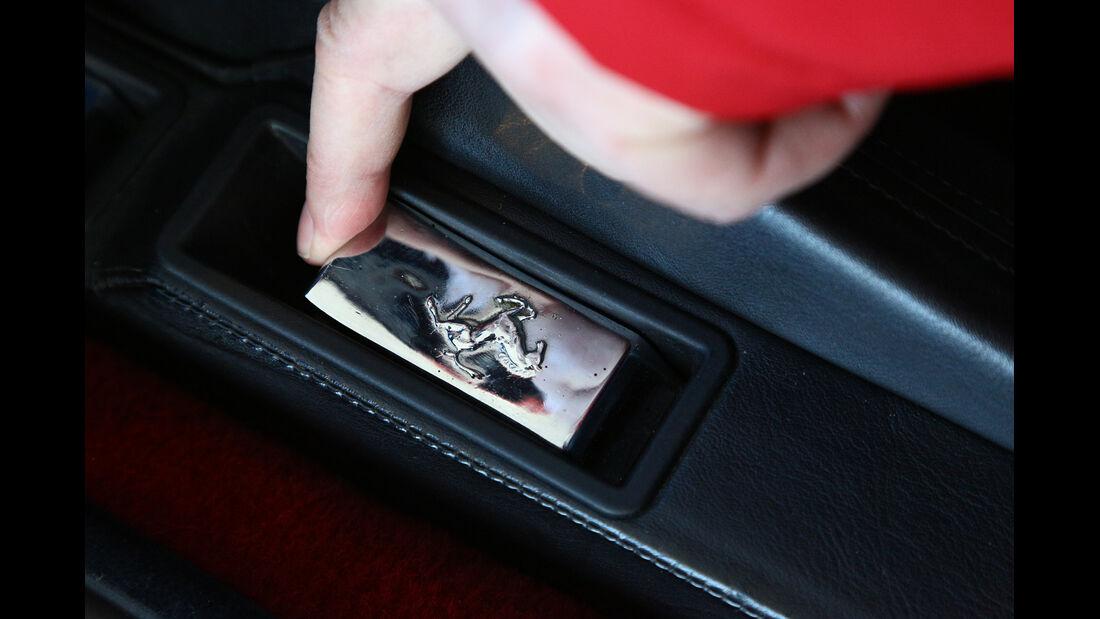 Ferrari Testarossa, Bedienelement