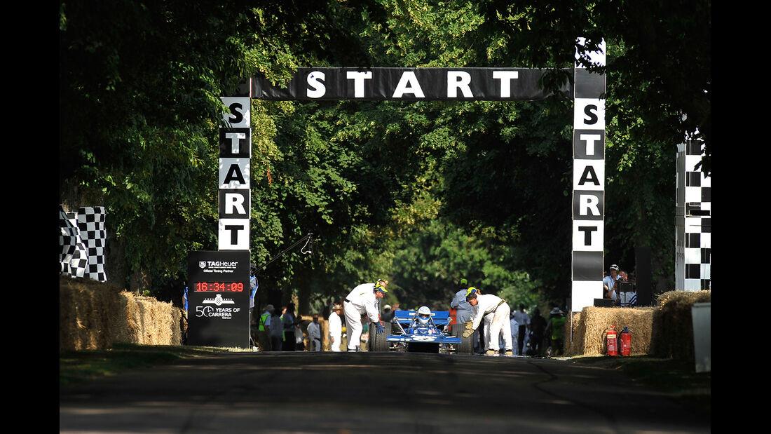Festival of Speed, Start