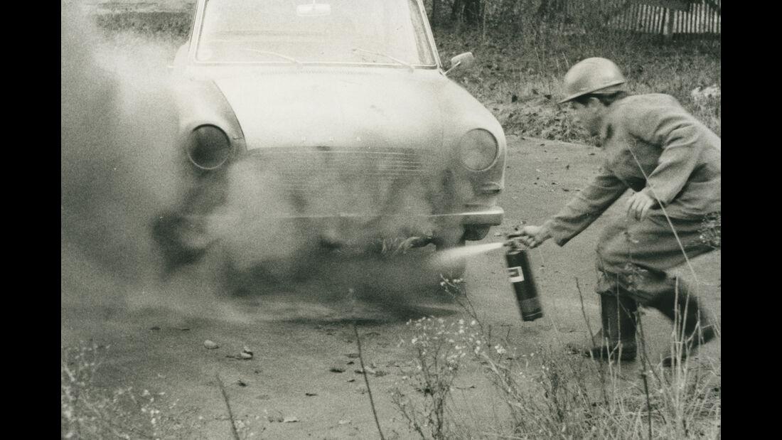 Feuerlöscher für das Auto