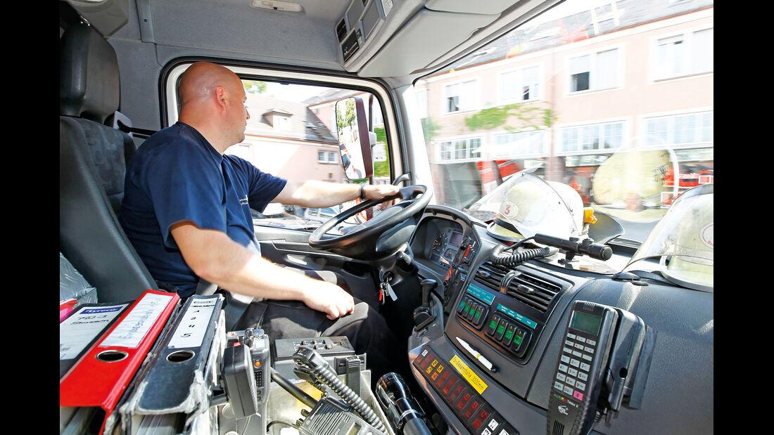 Feuerwehr, Cockpit