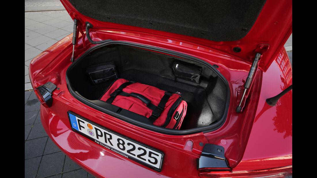 Fiat 124 Spider 1.4 Turbo, Kofferraum