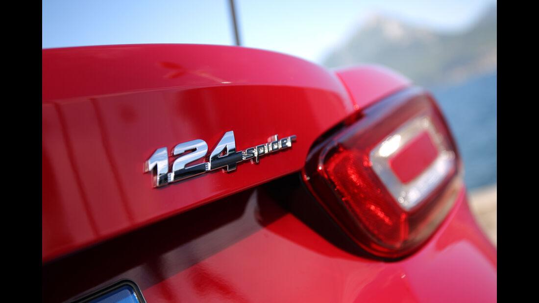 Fiat 124 Spider 1.4 Turbo, Typenbezeichnung