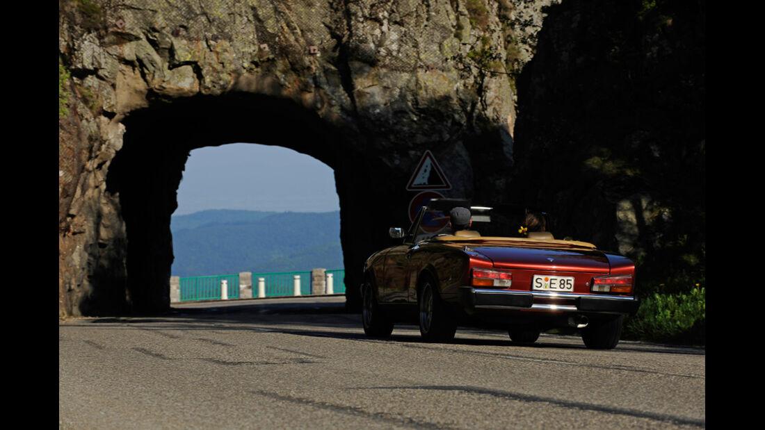 Fiat 124 Spider, Rückansicht, Tunnel
