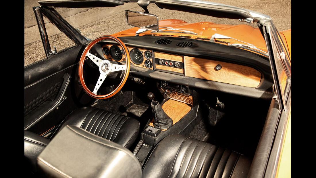 Fiat 124 Sport Spider, Cockpit