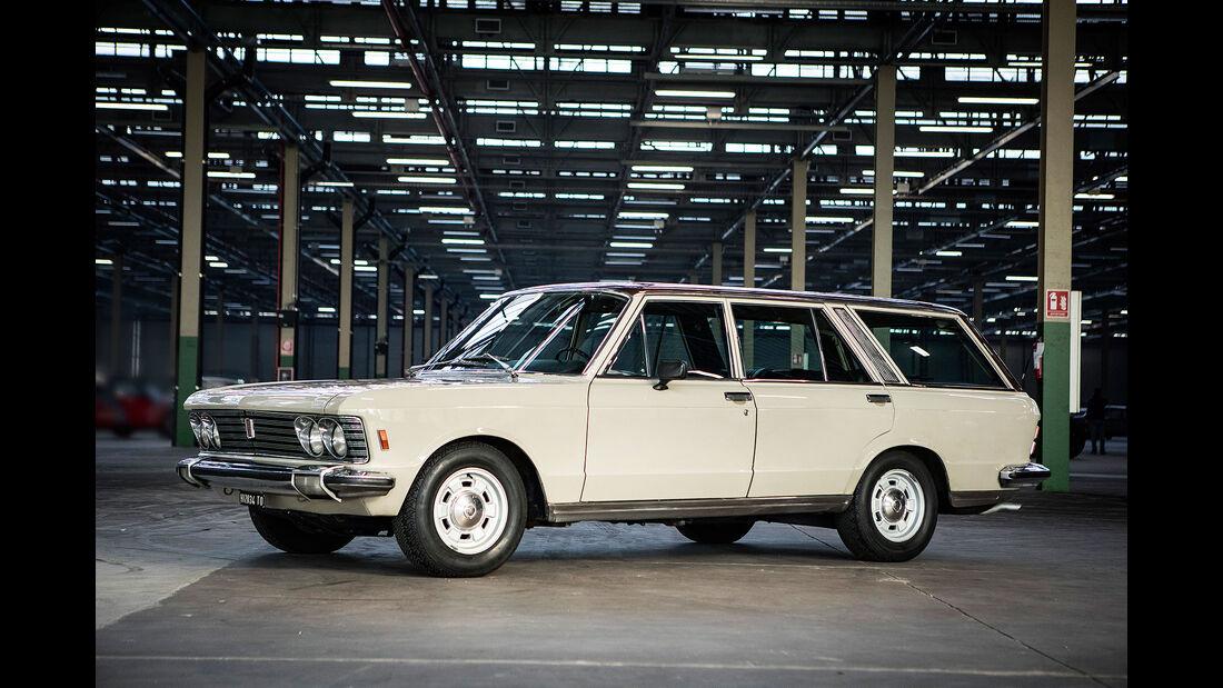 Fiat 130 Familiare (1972) Bremen Classic Motorshow