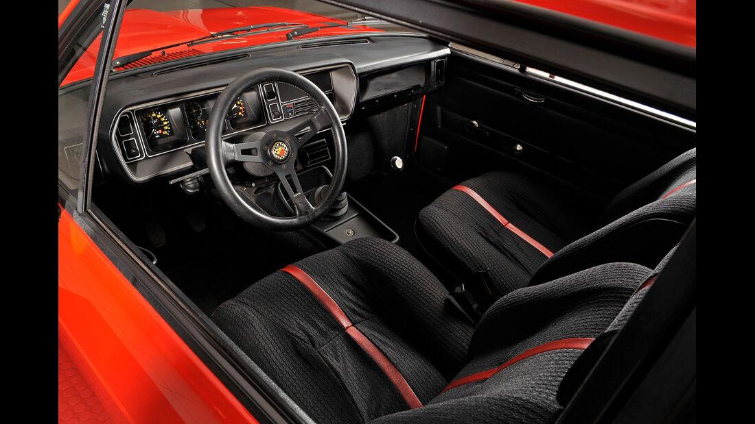 Fiat 131 Abarth, Cockpit
