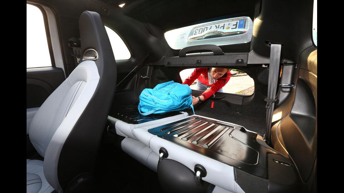 Fiat 500 Abarth 595C Turismo, Rücksitz, Umklappen