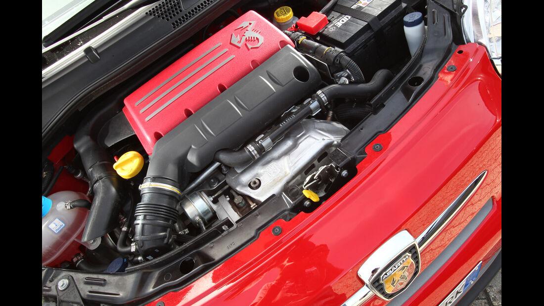 Fiat 500 Abarth, Motor