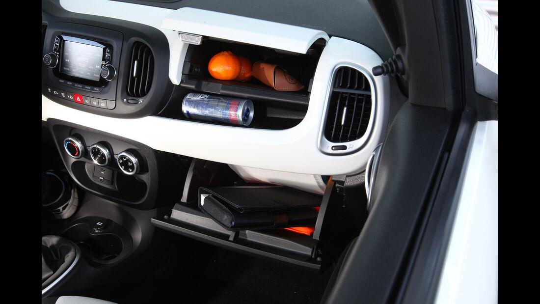 Fiat 500 L 1.4 16V, Handschuhfach