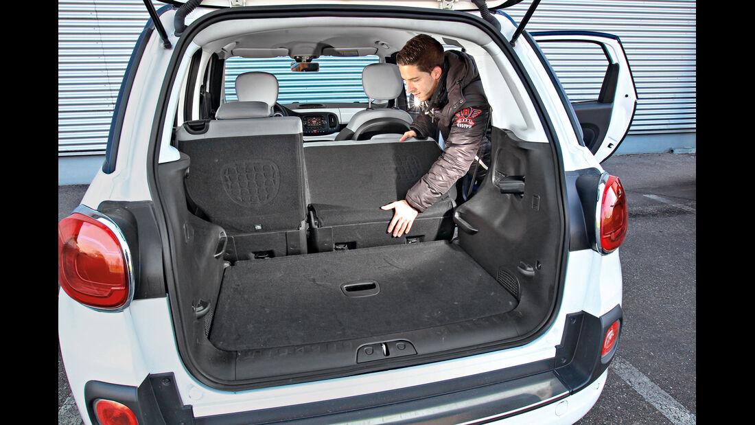 Fiat 500 L 1.4 16V, Kofferraum, Sitz umklappen