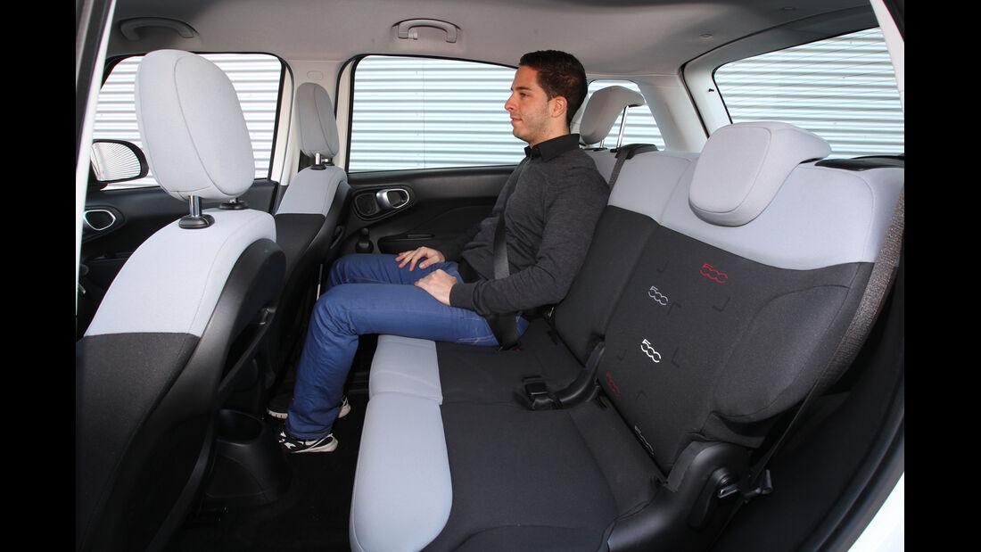 Fiat 500 L 1.4 16V, Rücksitz, Beinfreiheit