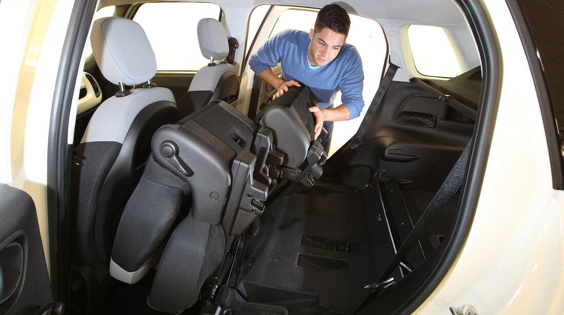 Fiat 500L 1.4 16V Pop Star, Rücksitz, Umklappen