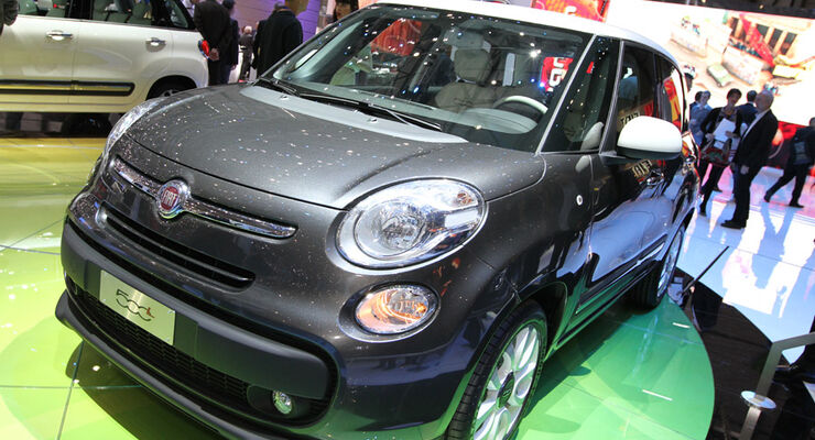 fiat 500l auf dem autosalon genf 2012 panda 500 kombi kommt ende 2012 auto motor und sport. Black Bedroom Furniture Sets. Home Design Ideas