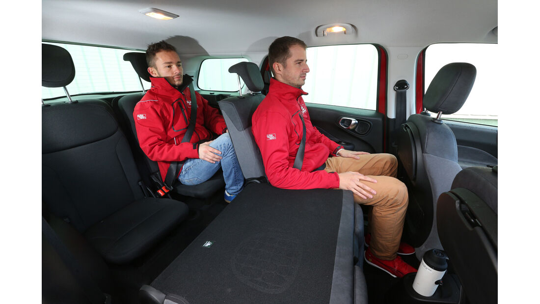 Fiat 500L Living, Fondsitze, Beinfreiheit