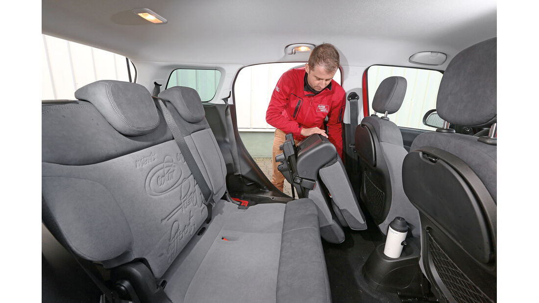 Fiat 500L Living, Sitze, Umklappen