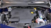 Fiat 500L, Motor