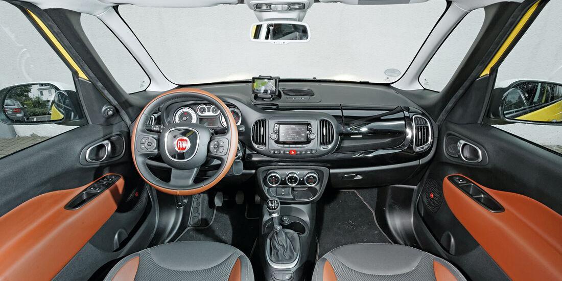 Fiat 500L Trekking 1.6 Multijet, Cockpit