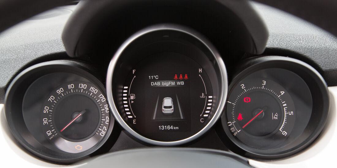 Fiat 500X 1.6 Multijet, Rundinstrumente