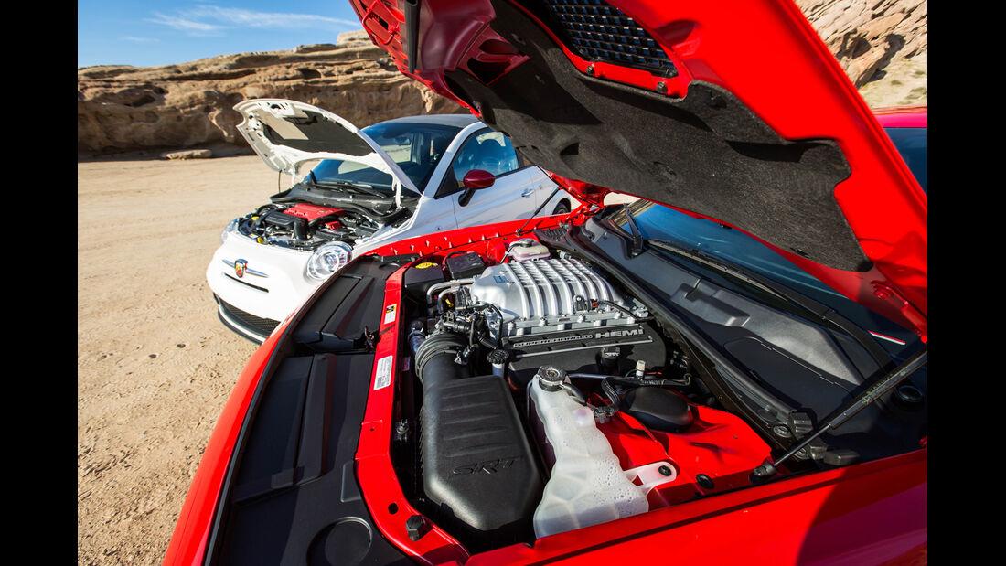 Fiat Abarth 500C 1.4 T-Jet 16V, Dodge Challenger SRT Hellcat
