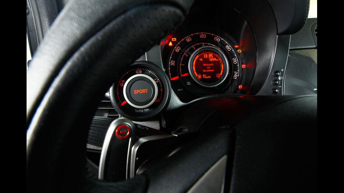Fiat Abarth 500C, Cockpit