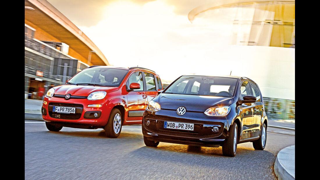 Fiat Panda 0.9 8V Natural Power Lounge, VW Up Ecofuel high up BMT, Frontansicht