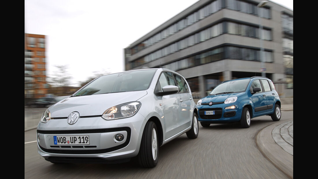 Fiat Panda 0,9 8V Natural Power, VW Eco Up, Frontansicht, Kurvenfahrt