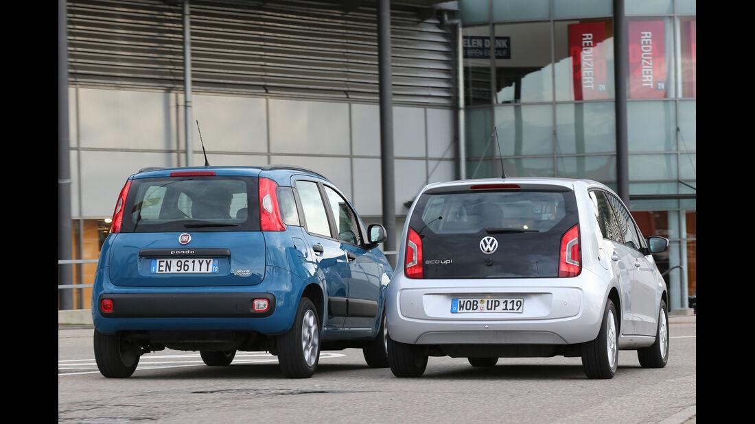 Fiat Panda 0,9 8V Natural Power, VW Eco Up, Heckansicht